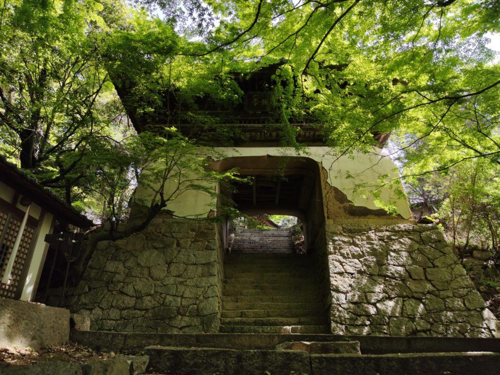 仙琳寺楼門
