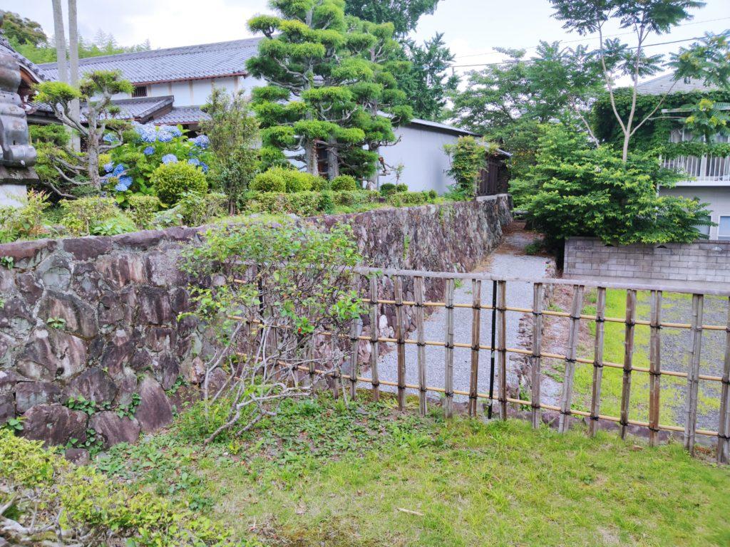 本慶寺の石垣