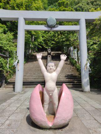 桃太郎の誕生