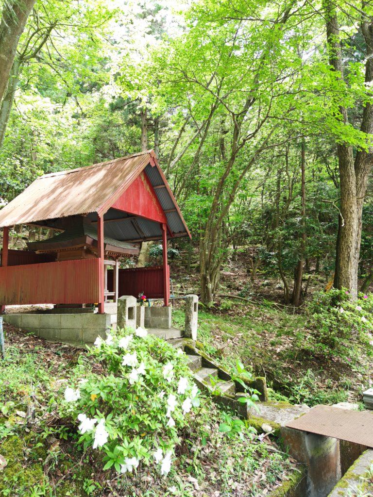 米原―番場間の地蔵堂