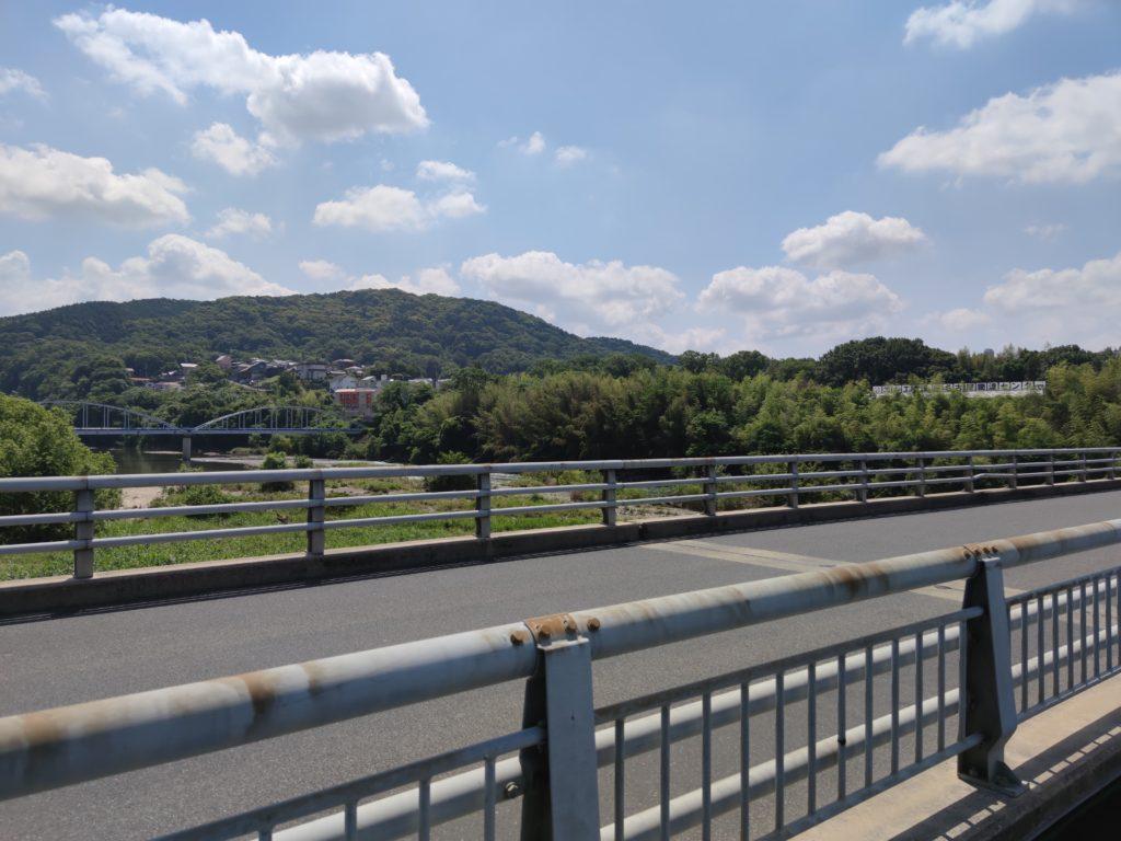 東谷橋から見る東谷山