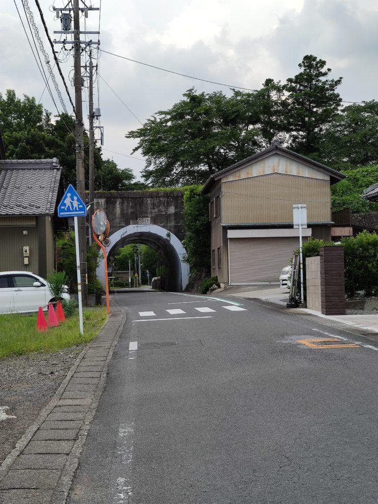 小倉谷のトンネル